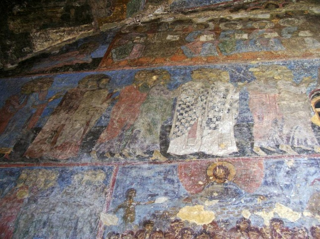 vardzia church1